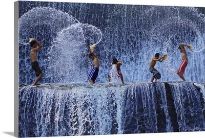 Playing With Splash